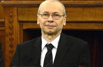 Elismerés Weisz Ferencnek az ELTE IK professzorának