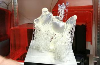 Egyre erősebb a magyar kötődése a világ egyik legnagyobb 3D nyomtatókat gyártó cégének (g7.hu)