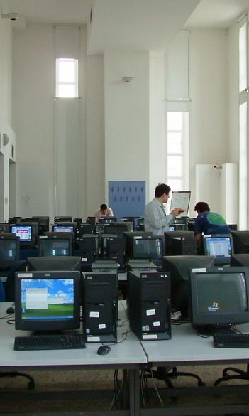 Tehetségkutató egyetemi programozási verseny