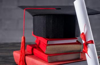 Online diplomaosztó ünnepség